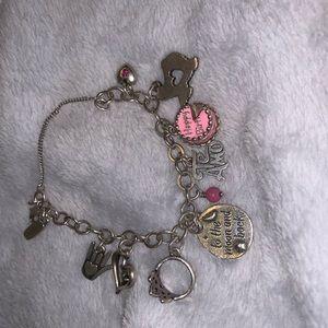 James Avery Charm Bracelet Size Small w/ 9 charms